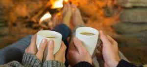 cuplu la o cafea