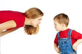 mama care pune limite copilului